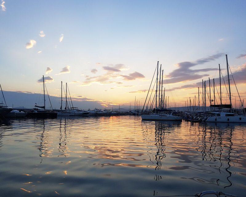 gnsyachting-catamaran-booking-motor-yacht-greece-holiday-2