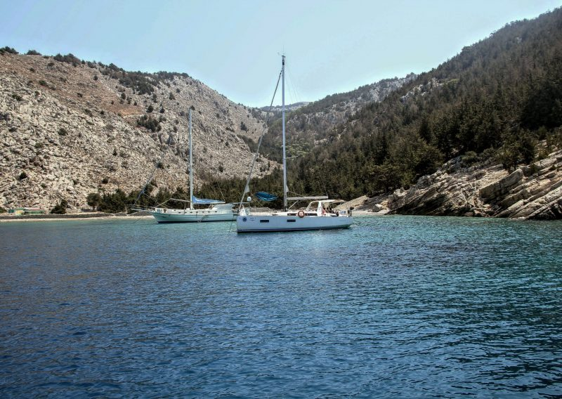 gnsyachting-yachting-bachelor-booking-holidays-3