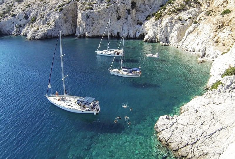 gnsyachting-yachting-vacations-corporate-event-10