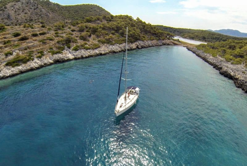 gnsyachting-yachting-vacations-corporate-event-3